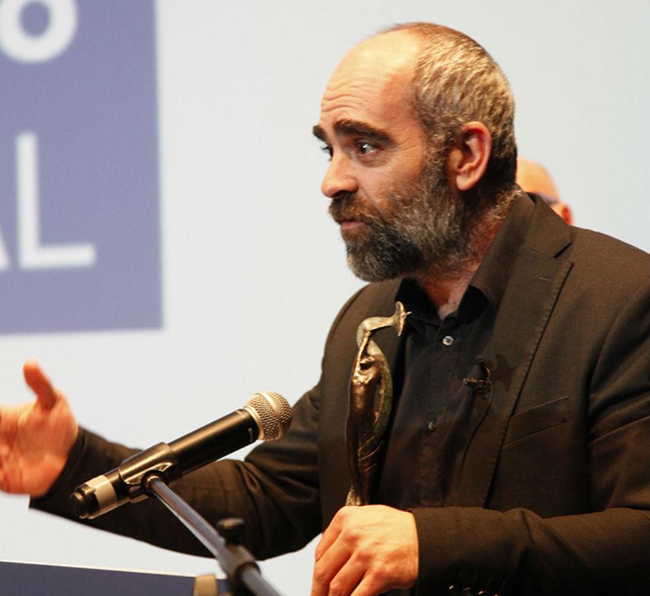 Luis Tosar recoge el premio Ourense