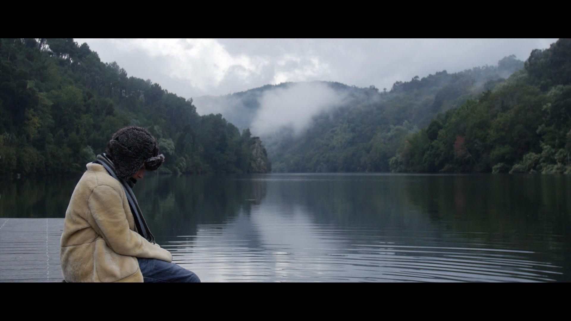 De Vuelta Feat.Éric Dopazo (A Las Afueras De Mí) - Videoclip OUFF en curto